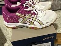 Asics Ladies Gel task size 3 & size 5 available