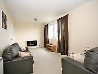 2 bedroom flat in Raeden Place, , Aberdeen, AB15 5WN