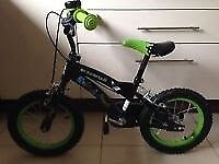 SuperHero Boys 14 inch bike with Stabilizers - Excellent Condition