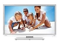 Toshiba 32inch TV with integrated DVD and built-in Freeview for sale