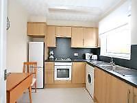 2 bedroom flat in Raeden Place, , Aberdeen, AB15 5WN