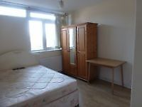 Get a lovely single room-110 PW only in the TRENDY CANNING TOWN station/CANARY WHARF