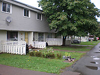 $400 Off 1st Month's rent-Riverview - 29 Suffolk-Avail Nov 1st