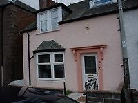 Two bedroom house close to the village high street