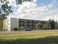 Thunder Bay 1 Bedroom Apartment for Rent: Balcony, large windows
