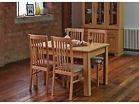 Harvey's Somerset Table & Chairs