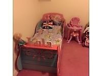Frozen solid wood toddler bed