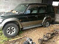 Shogun pajero 2.5/2.8 Breaking all parts