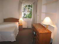 COZY AND SUNNY ROOM IN THE HEART OF LIVERPOOL STREET