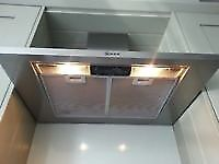 This is a Neff kitchen extractor fan with 2 light it is in good condition.