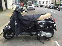 Vespa lx 125 full years MOT till September 2017 taxed and used everyday £1250ono