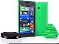 NOKIA LUMIA 735 GREEN with WIRELESS CHARGING SHELL AND SPEAKERS *EXCELLENT CONDITION*