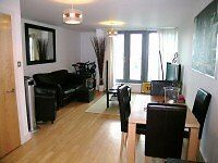 ONE DOUBLE BEDROOM FLAT IN A MODERN DEVELOPMENT IN SW18 *BALCONY*QUIET*EAST PUTNEY TUBE*WATER FREE*