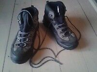 Woman's Hiking Boots Size 7 UK