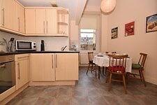 One bedroom festival rental located in Tollcross area.