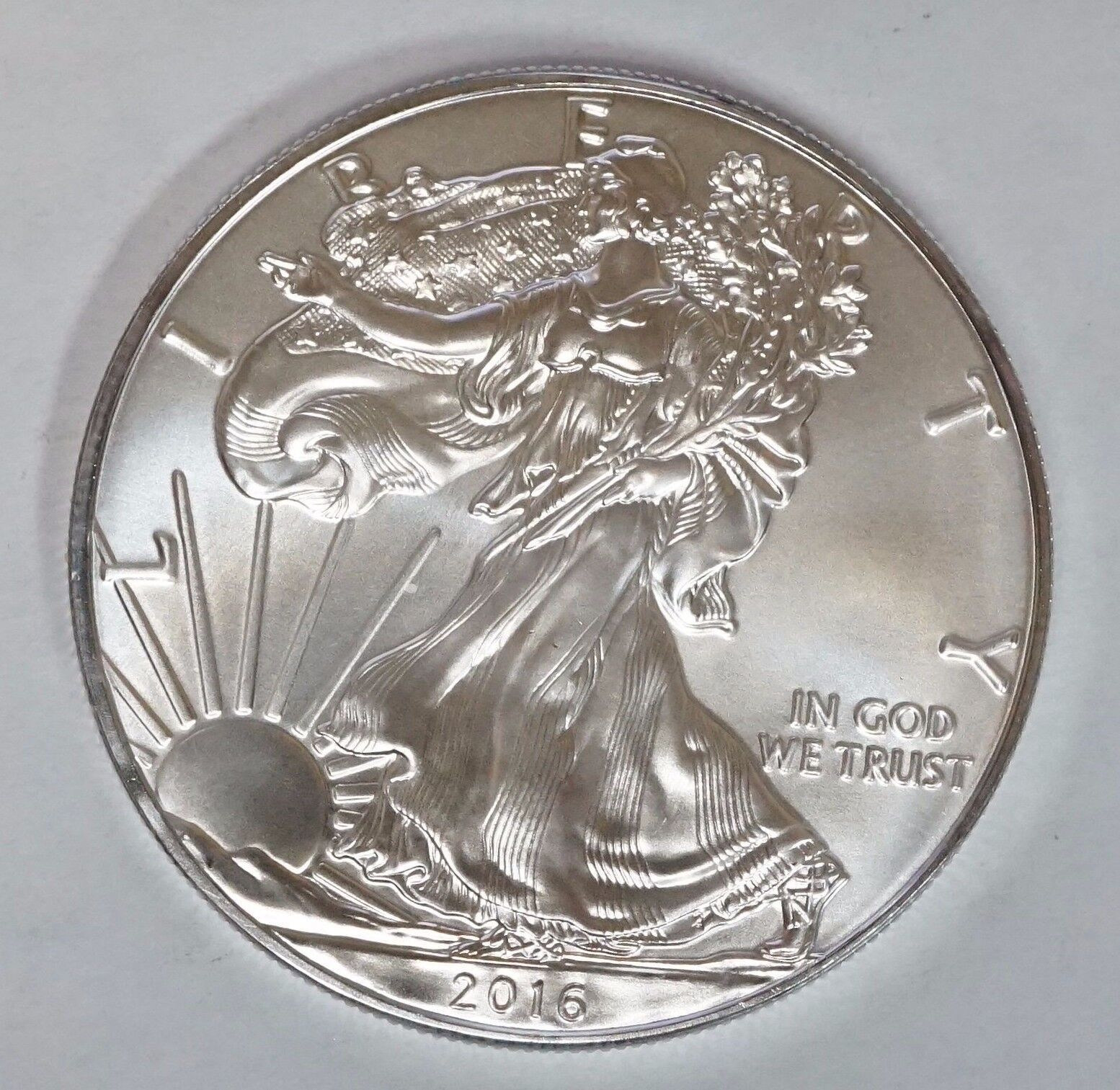 Купить  LOT of (2) TWO 2016 $1 American Silver Eagle 1 oz Gem BU Dollars