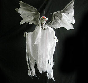 Animated flying ghost reaper bloody haunted house for Animated flying reaper decoration
