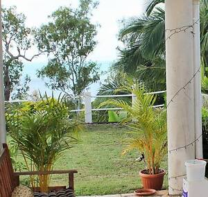 Studio For Rent Cannonvale Whitsundays Area Preview