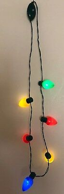 10 Light Up Christmas Necklace Blinking Bulbs CHRISTMAS PARTY favors Lot Of 10  - Blinking Christmas Light Necklace