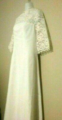 Vintage 60's Wedding Dress Short Sleeve  Long Lace Train Size Small