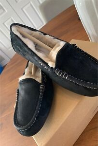 Ugg slippers - pantoufles taille 7
