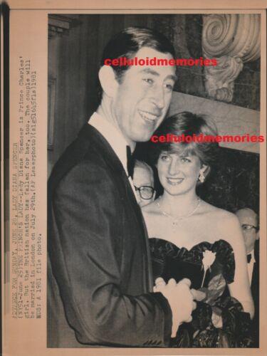 Original Wire Press Photo Princess Diana Lady Di Spencer 6-28-81 Charles COA