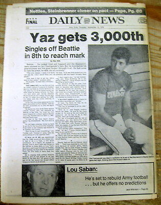 1979 NY Daily News newspaper Boston Red Sox star CARL YASTRZEMSKI gets hit #3000