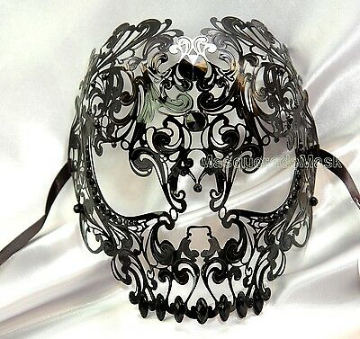 Halloween Red Skull Mask (Unisex Sugar Skull filigree Black RED Rhinestone Masquerade Metal Mask)