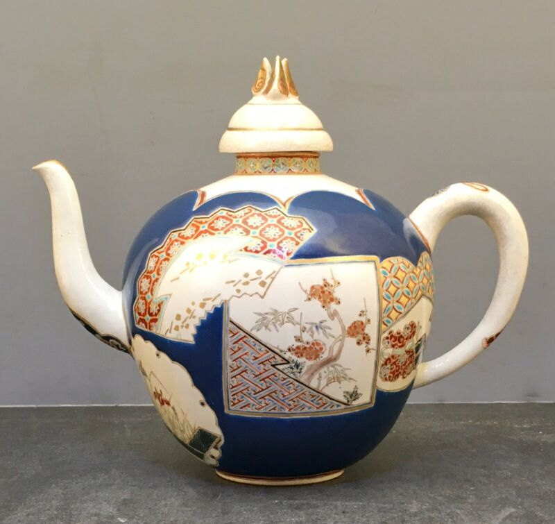 Beautiful Japanese Meiji Gosu Blue Satsuma Lidded Teapot