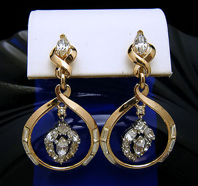 Vintage Crown Trifari Pat Pend Gold Tone Clear Rhinestone Dangle Earrings   on Lookza