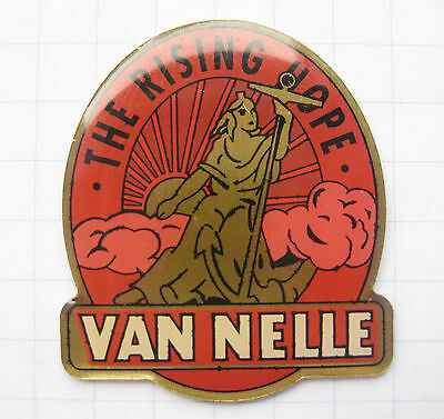 VAN NELLE / THE RISING HOPE  ......................  Tabak Pin (111k)