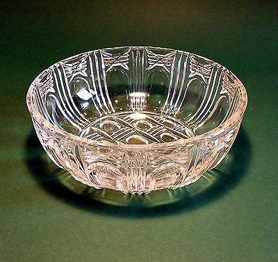 Dekorative Glasschüssel gebraucht