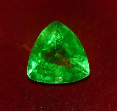 13.54x13.38mm (8.90cts) TRILLIANT-CUT CERTIFIED NATURAL (GGL) COLOMBIAN EMERALD