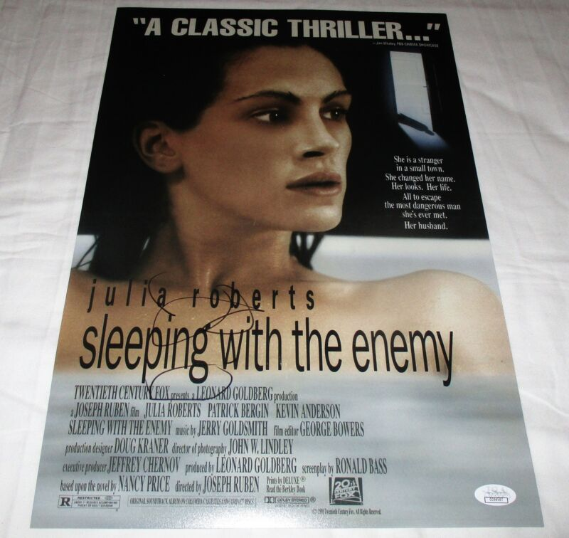 JULIA ROBERTS SIGNED SLEEPING WITH THE ENEMY 12X18 MOVIE POSTER JSA