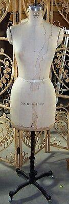 Vintage 1982 Wolf Mannequindress Form - Size 8