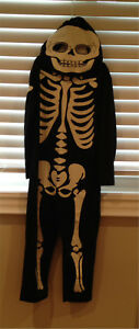 Boy's Skeleton glow in the dark Halloween Costume-2-4 yrs s
