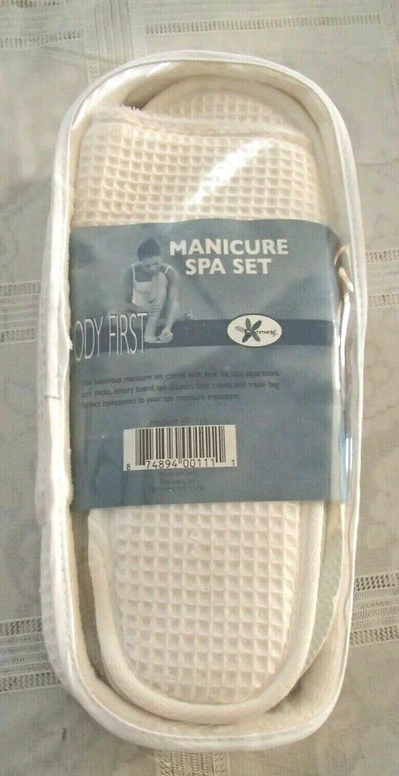 Foot Care Slippers spa set package Cream  New in Bag