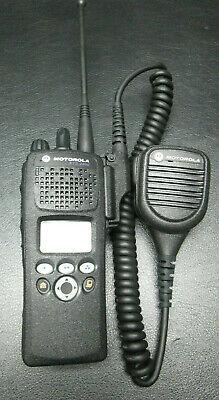 Motorola Xts2500 Digital Portable Radio H46ucf9pw6bn Xts 2500 50001800048c5