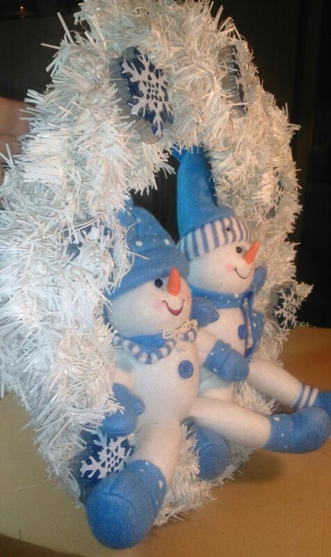 """Musical-Animated-Lites 18"""" Snowman Girl/Boy Wreath Plays """"Let It Snow"""" Yule Rite"""