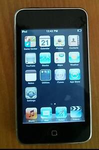 iPod touch, 8Gb, 2nd generation, touchscreen, Black/silver Glenroy Moreland Area Preview