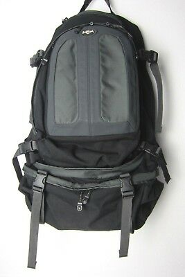 eb8d591a11 Eagle Creek Travel Backpack Internal Frame with Removable Daypack Very Good  Cond