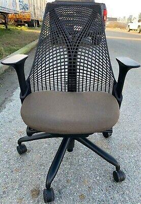 Herman Miller Basic Sayl Chair Authentic