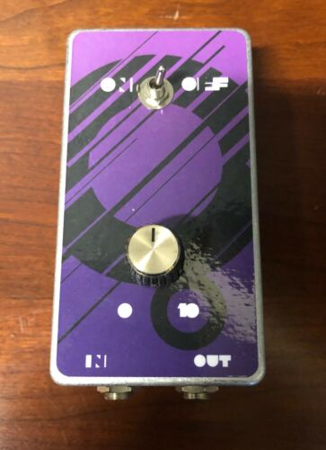 Treble booster pedal
