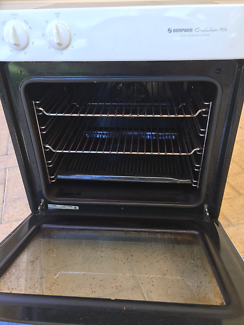 Wall Oven - Simpson Evolution 906 Fan Forced oven (60cm)