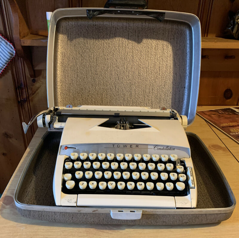 Vintage 1950s Sears Typing instruction book included Roebuck /& Co Tower Commander Portable typewriter Model 871 400 with case