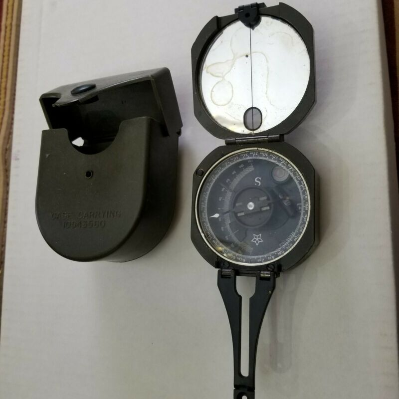 Vintage US Military M2 Unmounted Magnetic Compass w/ Hard Case Unused