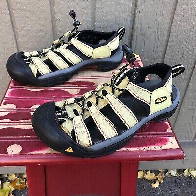 Keen NEWPORT H2 Sandals 7 Womens Waterproof Hiking Shoes Green Fishing -