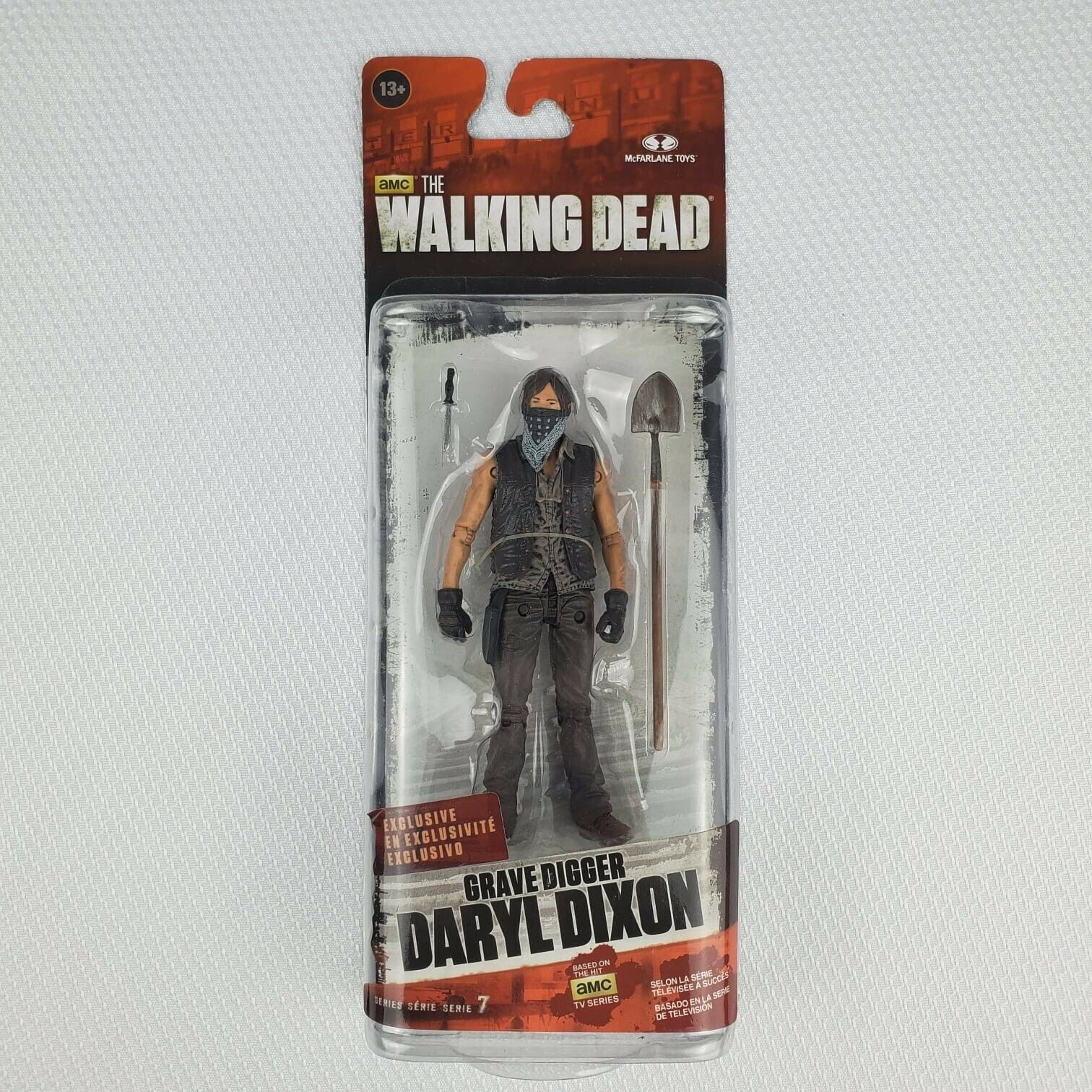 Walgreen/'s EXCL McFarlane Walking Dead Series 7 RICK GRIMES Slightly bent card