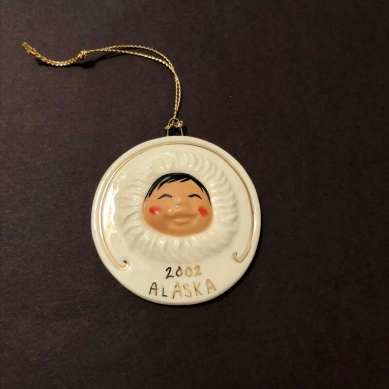 C.  ALAN JOHNSON ALASKA 2002 ESKIMO SNOWBABIES CHRISTMAS ORNAMENT CERAMIC MINT