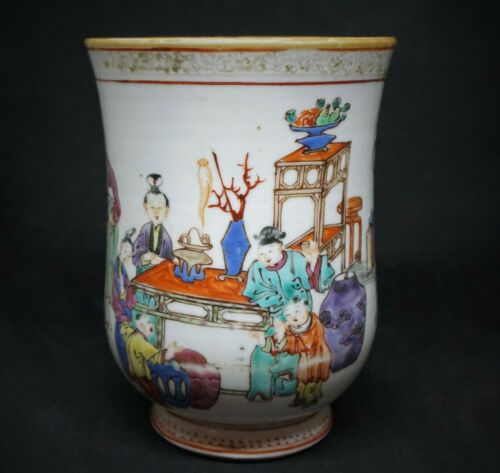 ANTIQUE CHINESE LARGE EXPORT MUG DEPICTING SCHOLAR SCENE, 18TH C